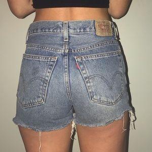 Levi's shorts W 28 L 30